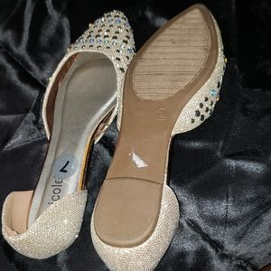 Like new size 7 Nicole glittery crystals flat shoe